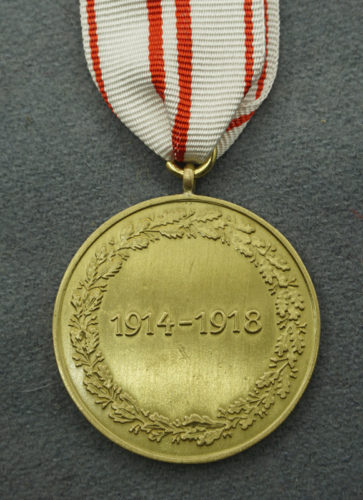 Austrian War Commemorative Medal 1914 – 1918 reverse