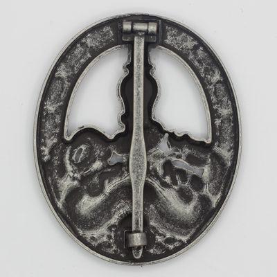 German Anti-Partisan War Badge in Silver (Antique Finish) reverse