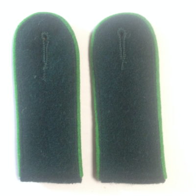 German Army Green Piped Shoulder Boards Green Underlay EM